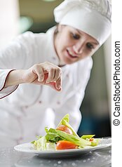 séf, előkészítő, étkezés