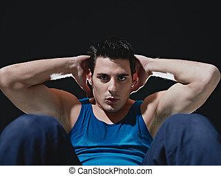 série, assied-augmente, arrière-plan noir, homme