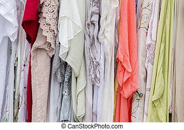 indien vente robes tissus photo de stock rechercher photographies et de photos clipart. Black Bedroom Furniture Sets. Home Design Ideas