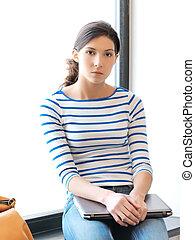 sérieux, adolescent, ordinateur portable, girl, calme