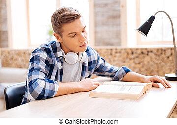 sérieux, avide, livre, lecture, lecteur