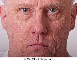 sérieux, plus vieux, closeup, homme