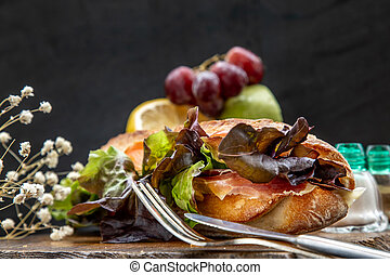 sésame, bois, sandwich, saumon, pain, plaque., délicieux, fumé