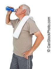 sênior, ativo, água, homem, bebendo