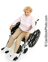 sênior, cadeira rodas, senhora, sorrindo