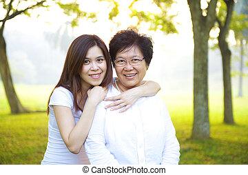 sênior, filha, asiático, dela, mãe