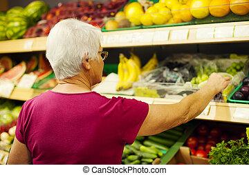 Sênior, mulher, supermercado