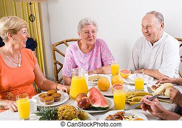 sênior, pessoas, pequeno almoço