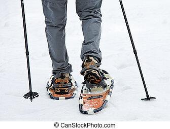 sênior, quando, snowshoeing, em, inverno