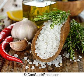 sól, przyprawy, rozmaryn
