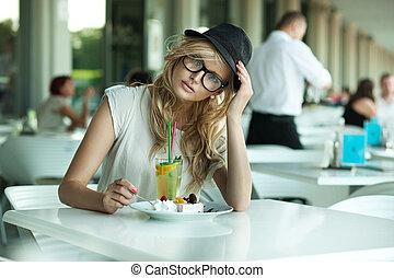 söt, kvinna, cafe