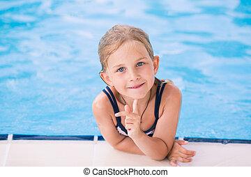 söt, liten flicka, slå samman, simning