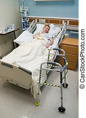 słaby, pacjent, post-op, w, szpitalniane łóżko, 4