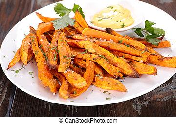 słodki, dosmażany kartofel