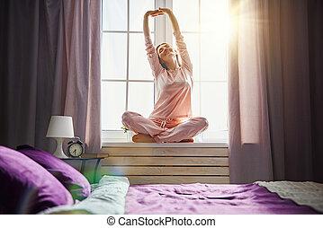 słoneczny, cieszący się, kobieta, rano
