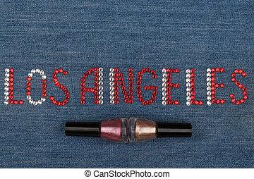 słowo, los anieli, robiony, od, namiastki kryształu, inkrustował, na, denim., świat, fashion.