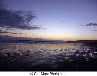 sabbia, tramonto, increspature