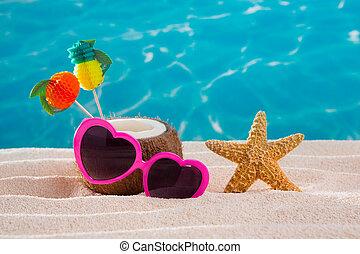 sable, coeur, plage, cocktail, exotique, noix coco, lunettes soleil