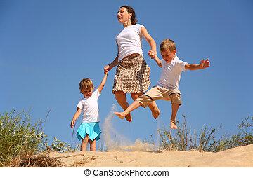 sable, sauter, enfants, mère