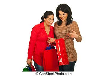 sac, femmes, regarder, achats, deux