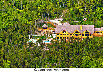 sacacomie hotel lake in quebec canada