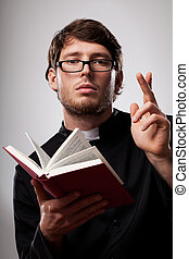sacerdote, santo, biblia