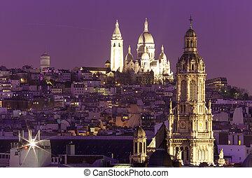 Sacre-Coeur Basilica at night in Paris, Fraance