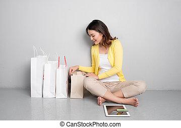 sacs, achats femme, séance, jeune, asiatique, besides, ligne, maison, rang
