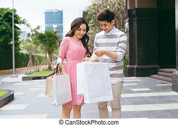 sacs, achats, ville, couple, après, portrait, heureux