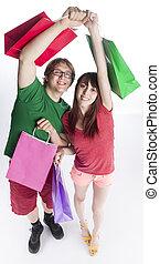 sacs, couple, papier, tenue, élévation, heureux