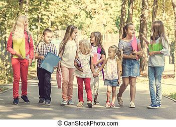 sacs dos, école, groupe, enfants