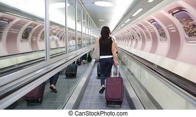 sacs, escalator, gens, dos, uk., en mouvement, londres, vue