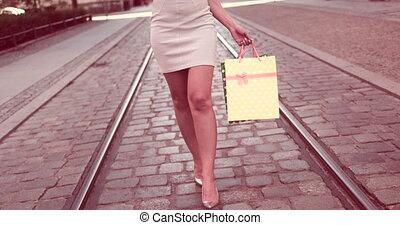 sacs, femme, jeune, tenue