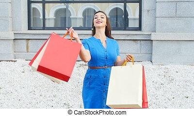 sacs, femme souriante, achats, jeune
