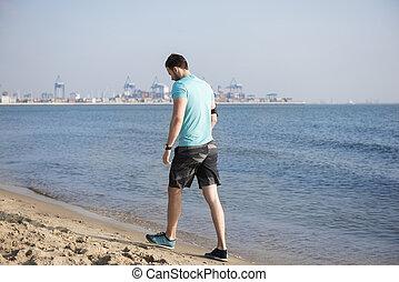 sacudindo, após, praia, homem, cansadas