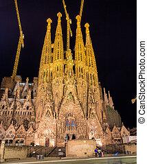 sagrada, 夜, バルセロナ, familia, 教会, 光景