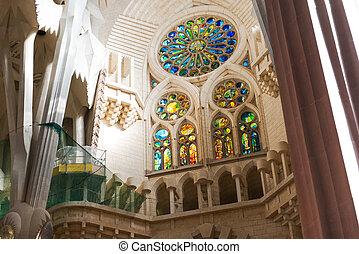 Sagrada Familia interior, Barcelona - Barcelona Sagrada...