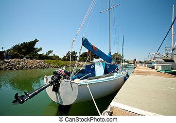 Sailboats at the waterfront of Berkeley Marina