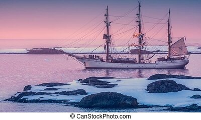 Sailing ship in Antarctica. Slow motion 4K footage - Sailing...