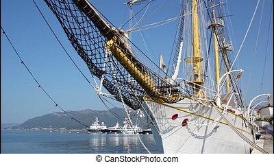 Old sailing ship, tilt up