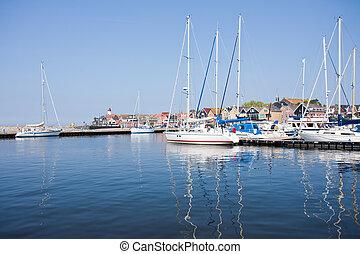 Sailing ships in Dutch harbor