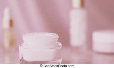 sain, crème cosmétique, soin, routine, marque, beauté, ligne, produit, pot, figure, organique, rose, skincare, corps
