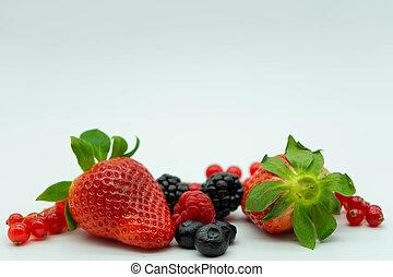 sain, espace, cassis, myrtilles, texte, blanc, mûres, fraises, nourriture., fin, top., arrière-plan., haut, framboises, vue