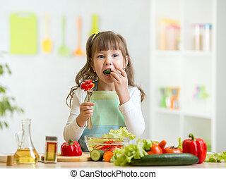 sain, girl, manger, légumes, gosse