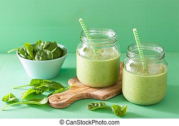 sain, vert, smoothie, à, épinards, mangue, banane, dans, bocaux verre