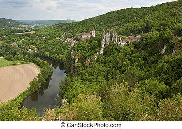 Saint-Cirq-Lapopie, Lot, Occitanie, France