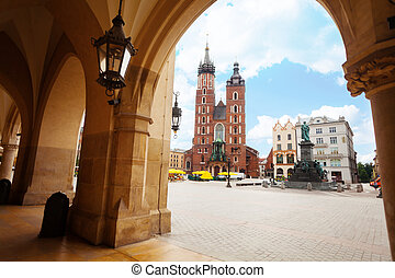Saint Mary's Basilica and Rynek Glowny (main square) Krakow, Poland