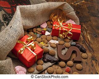 Saint Nicholas bag with gifts