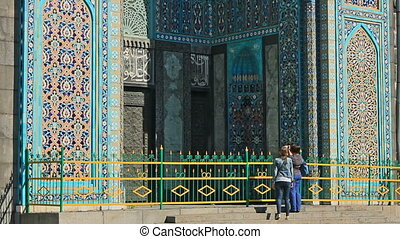 Saint Petersburg Mosque, famous place - The Saint Petersburg...