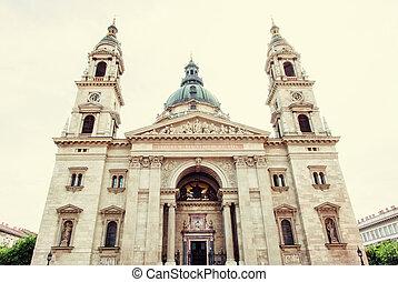 Saint Stephen's basilica, Budapest, Hungary, photo filter -...